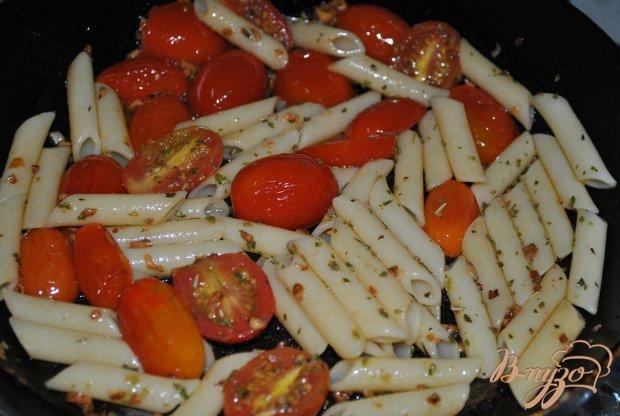 Пикантные макароны с чери