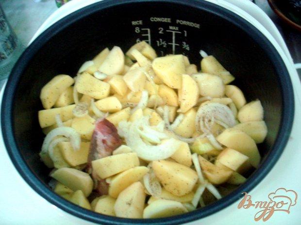 Рёбрышки с картошкой в мультиварке