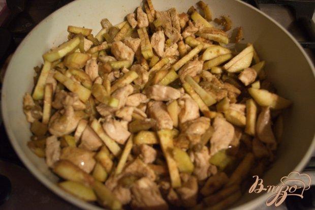 Куриное филе с баклажаном