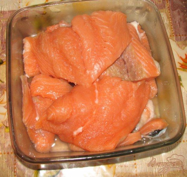 Бутерброды с малосольной красной рыбой по-домашнему