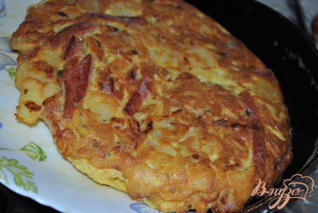 Испанская тортитья с колбасой