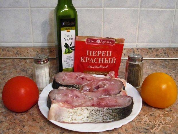 Белая рыба со свежими помидорами