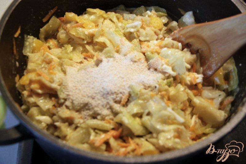 Фото приготовление рецепта: Капустное суфле-запеканка шаг №5