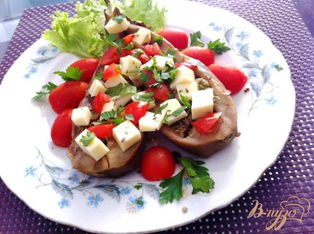 фото рецепта: Закуска из баклажан, с моцареллой и помидорами черри
