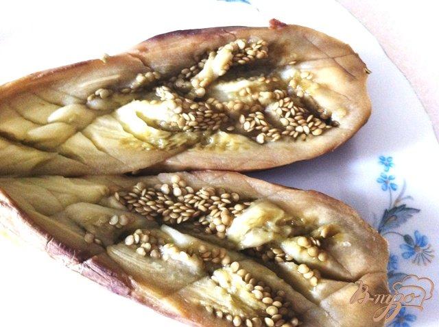Фото приготовление рецепта: Закуска из баклажан, с моцареллой и помидорами черри шаг №3