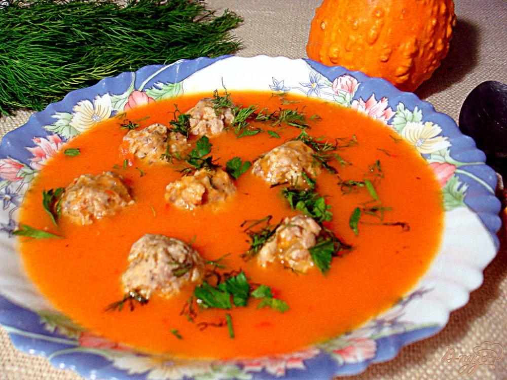 Фото приготовление рецепта: Овощной суп пюре с фрикадельками шаг №10