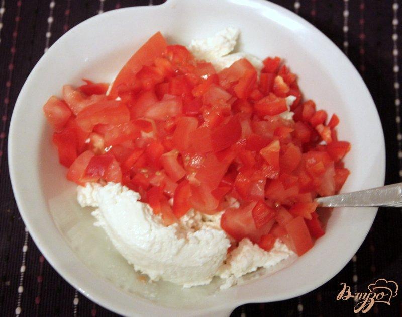 Фото приготовление рецепта: Творожная закуска шаг №2