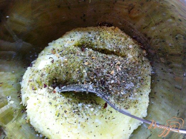 Фото приготовление рецепта: Кабачково-картофельные драники шаг №5