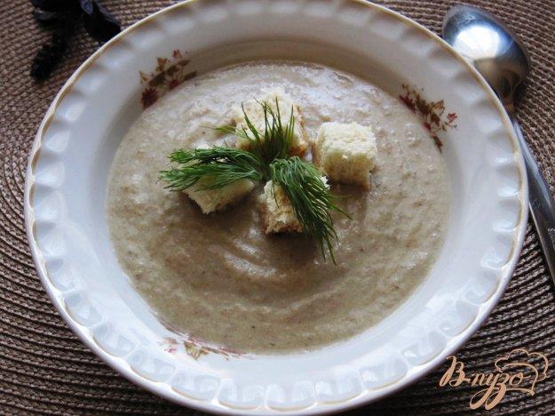 фото рецепта: Грибной суп-пюре с гренками