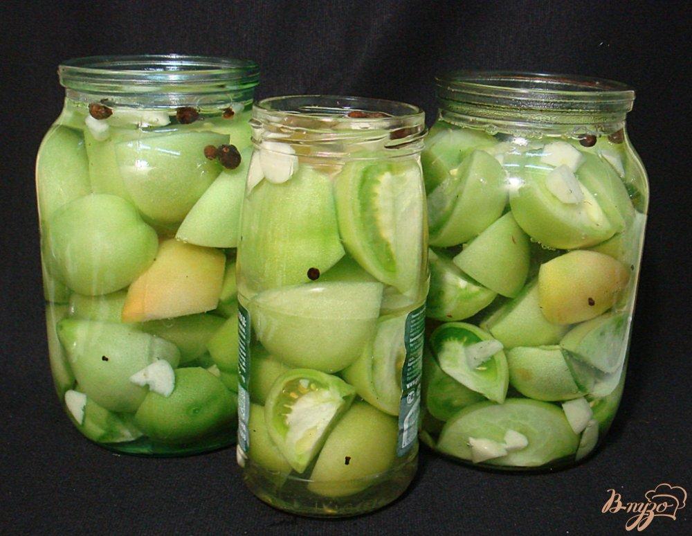 Фото приготовление рецепта: Маринованные зелёные помидоры шаг №4