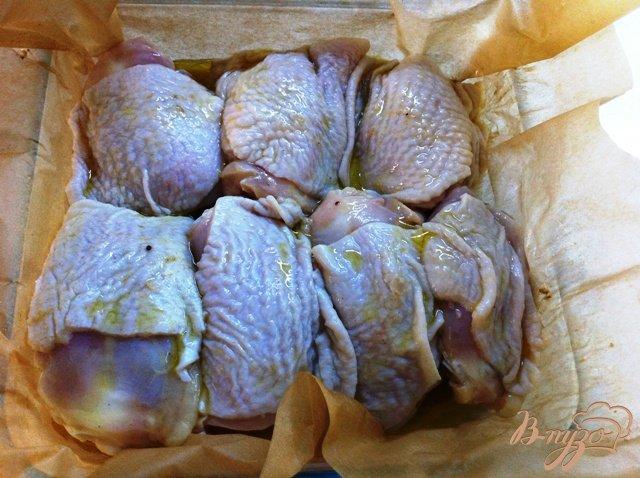 Фото приготовление рецепта: Куриные бедрышки в горчичном маринаде шаг №3