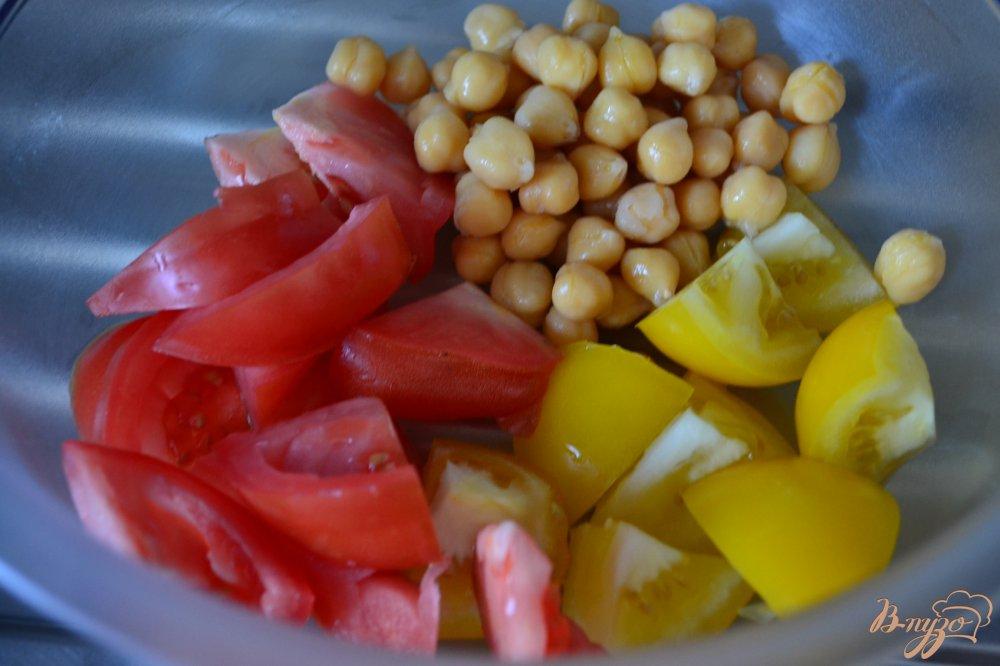 Фото приготовление рецепта: Овощной салат с соусом из ежевики шаг №1