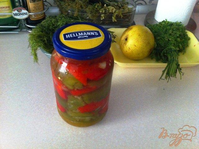 Фото приготовление рецепта: Маринованный перец с чесноком на зиму шаг №6