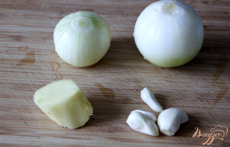 Фото приготовление рецепта: Китайский пряный соус из слив шаг №2