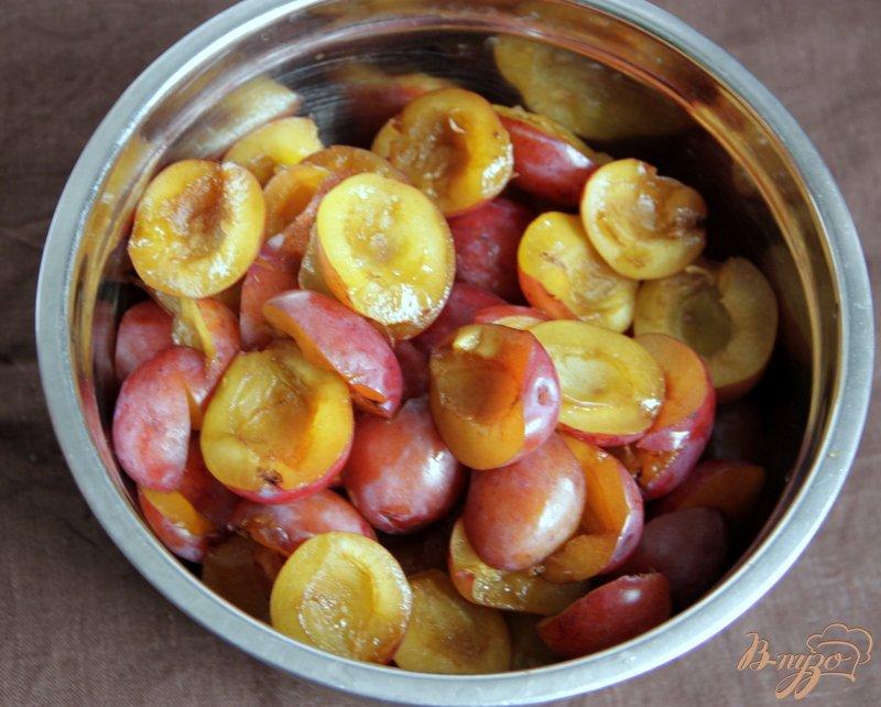 Фото приготовление рецепта: Китайский пряный соус из слив шаг №1