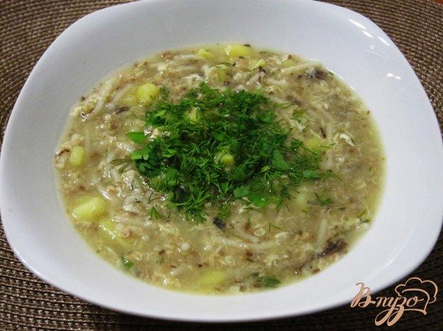 фото рецепта: Быстрый рыбный суп с вермишелью