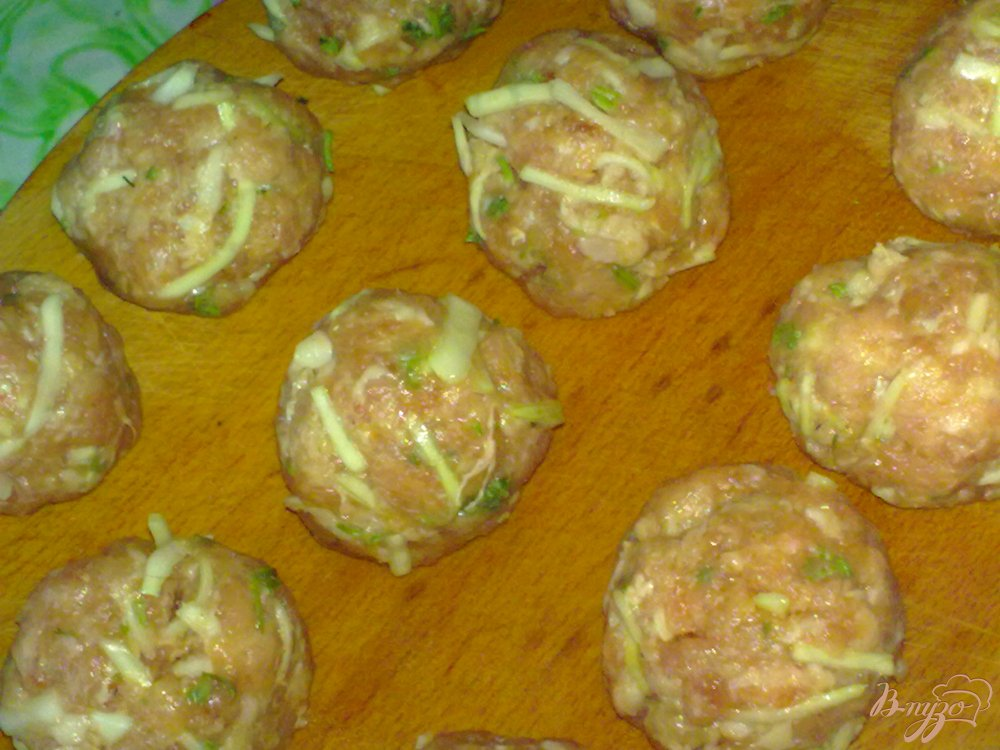 Фото приготовление рецепта: Тефтели с капустой шаг №6