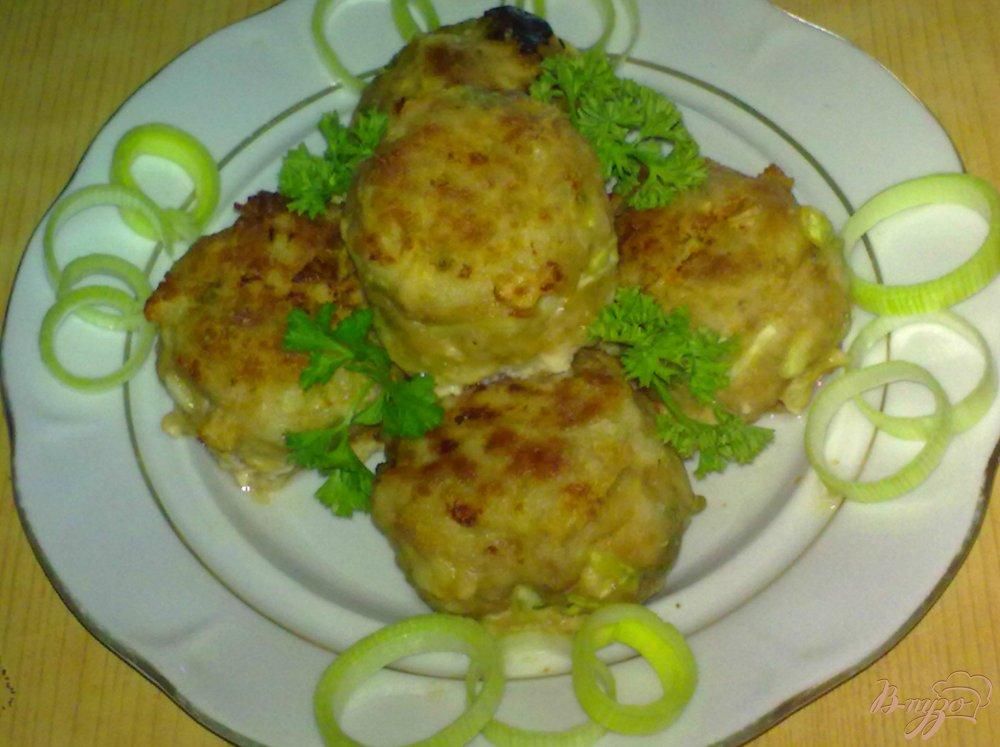 Фото приготовление рецепта: Тефтели с капустой шаг №9
