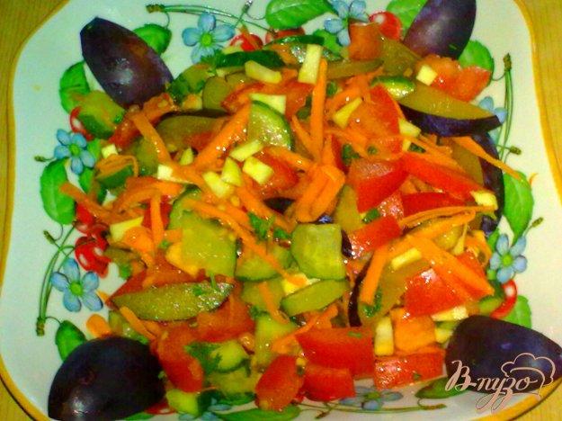 Рецепт Салат со сливами
