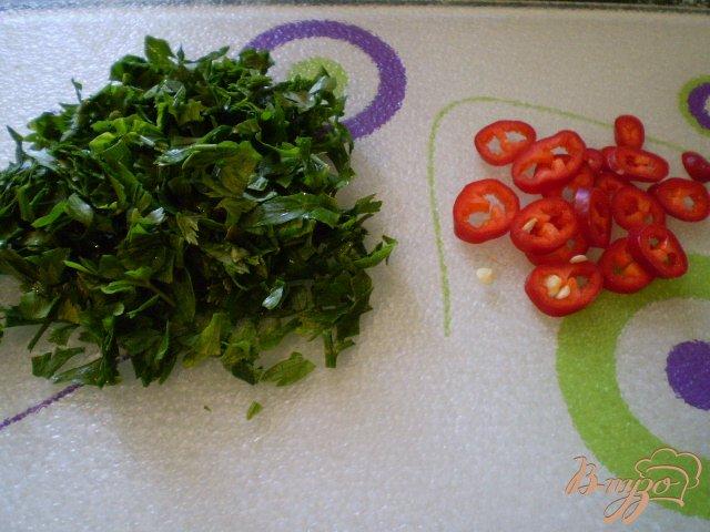 Фото приготовление рецепта: Тушенные зеленые помидоры с луком шаг №6