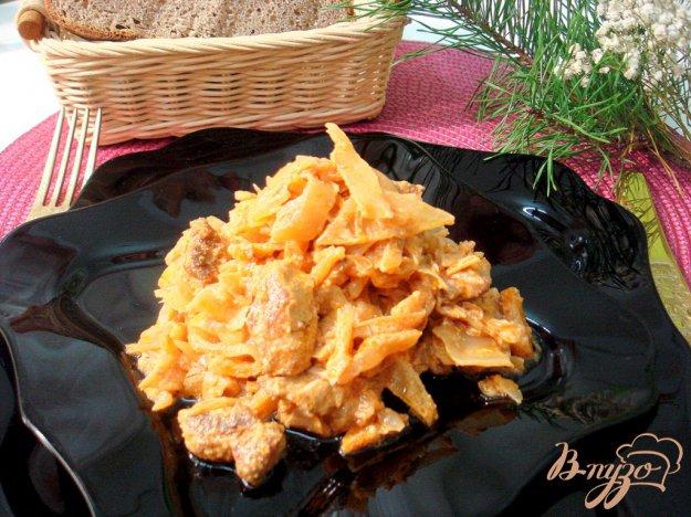 Рецепт Капуста тушёная со свининой в соусе