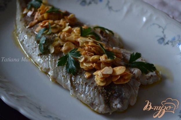 Рецепт Рыба со сливочным маслом с миндалем