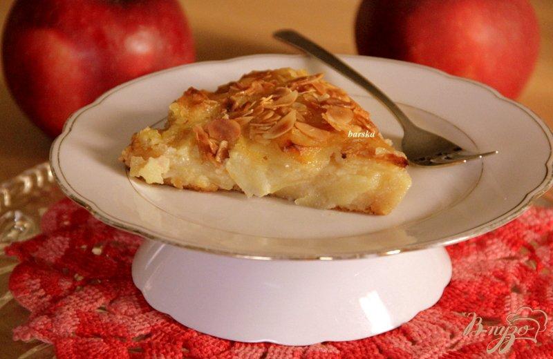Фото приготовление рецепта: Яблочный пирог с  хрустящей корочкой шаг №10