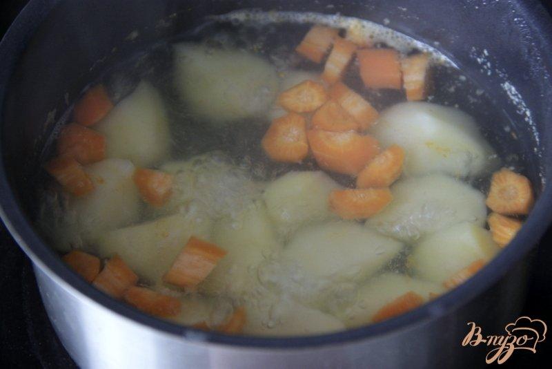 Фото приготовление рецепта: Томатный холодный суп шаг №4
