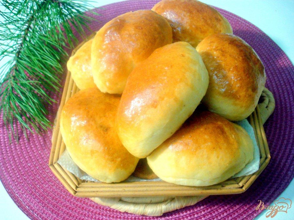 Фото приготовление рецепта: Воздушное дрожжевое тесто и пирожки с ним шаг №7