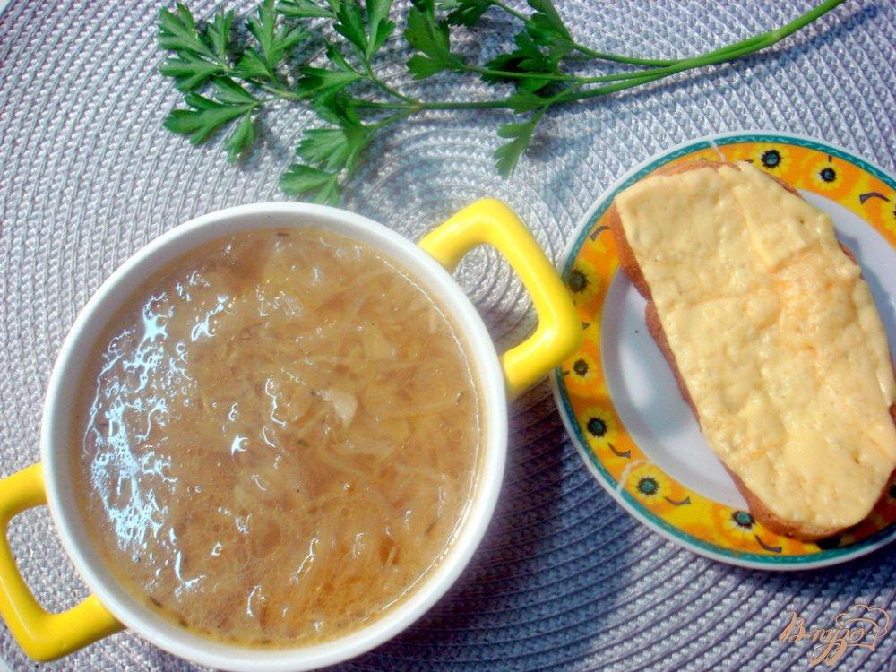 Фото приготовление рецепта: Луковый суп пюре шаг №4