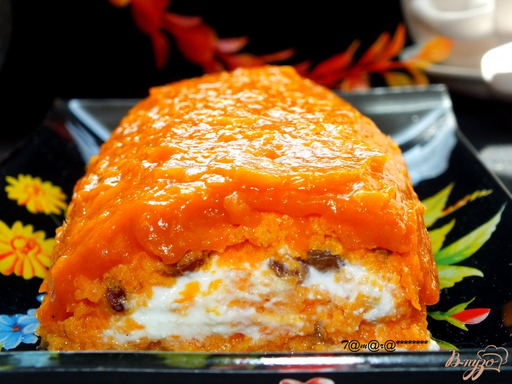 Фото приготовление рецепта: Морковный рулет с курагой шаг №8
