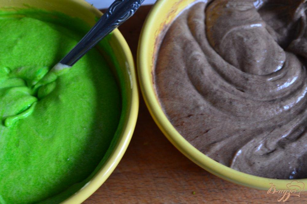 Фото приготовление рецепта: Лаймово-шоколадный кекс шаг №5
