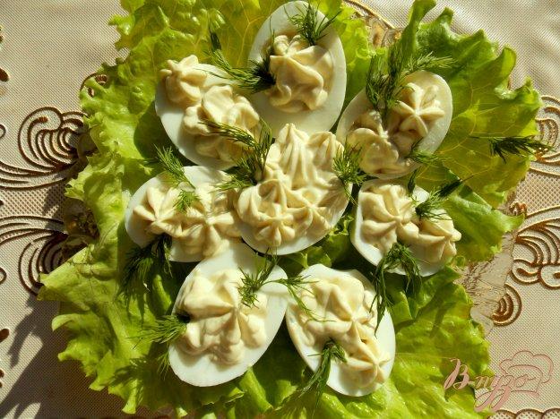 Рецепт Фаршированные яйца с сыром