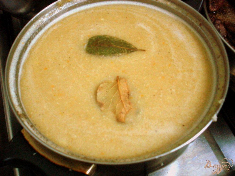 Фото приготовление рецепта: Гороховый суп пюре с копчёной колбасой шаг №9