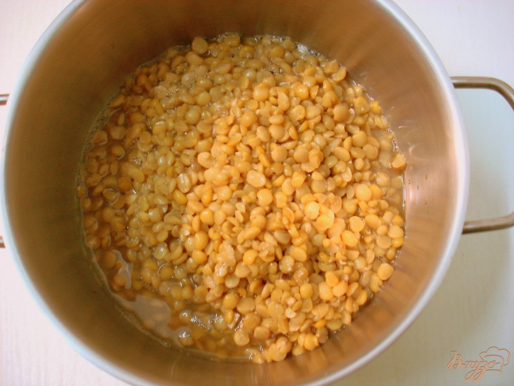Фото приготовление рецепта: Гороховый суп пюре с копчёной колбасой шаг №1