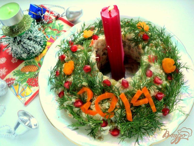 Фото приготовление рецепта: Салат «Оливье новогодний» шаг №5