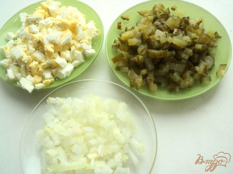 Фото приготовление рецепта: Салат «Оливье новогодний» шаг №2
