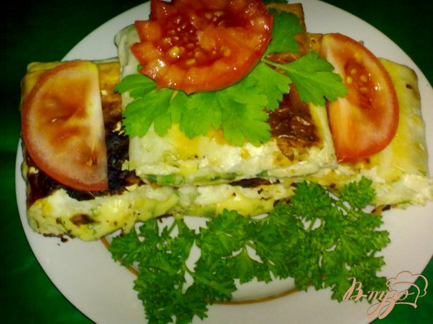 фото рецепта: Рулетики из лаваша с сыром