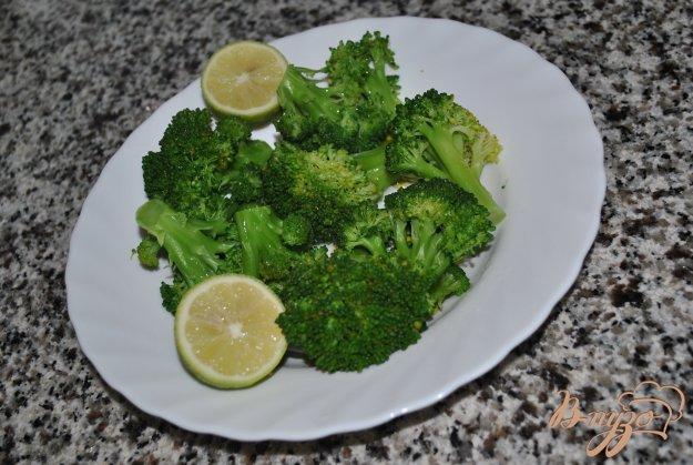 фото рецепта: Брокколи с лимонным соком