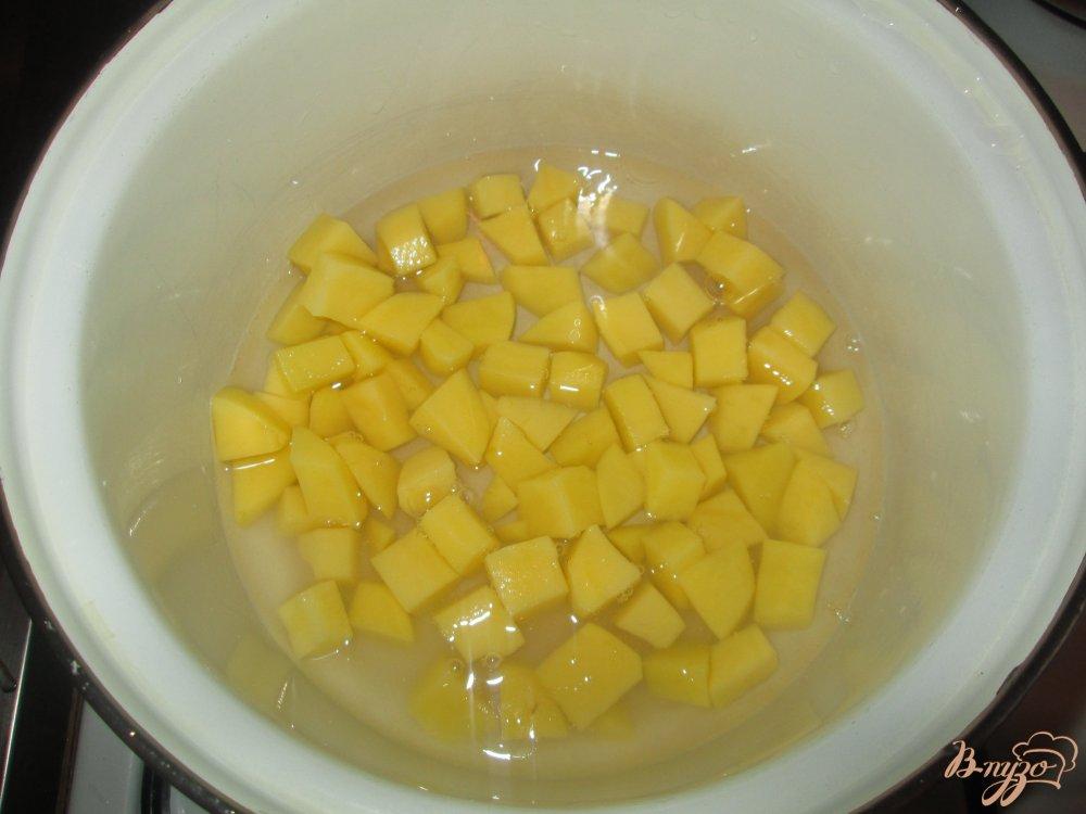 Фото приготовление рецепта: Быстрый суп с сосисками шаг №1