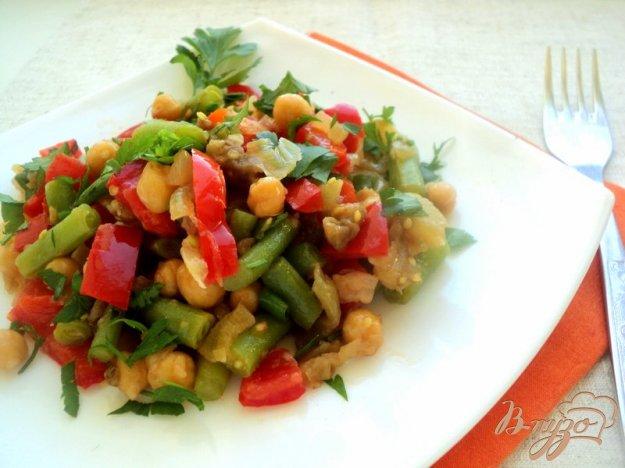 Рецепт Салат с горохом нут