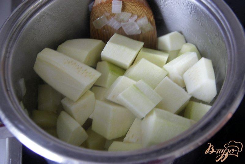 Фото приготовление рецепта: Суп-пюре из цуккини с карри шаг №3