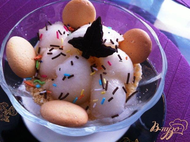 Десерт из дыни и творожного крема