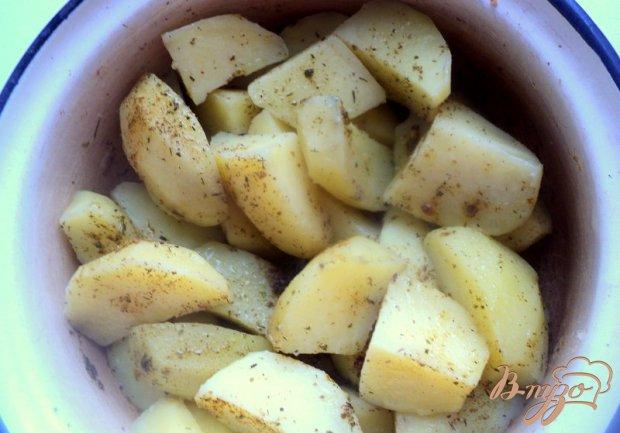 Курочка, запеченная с картофелем по-домашнему