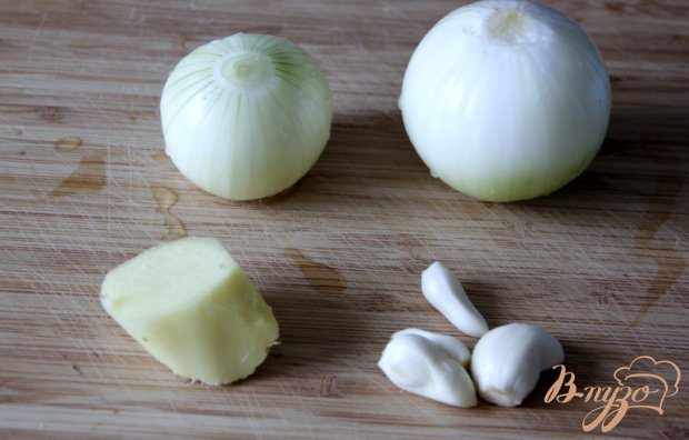 Китайский пряный соус из слив