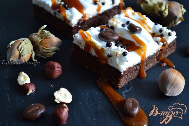 Кофейно-шоколадный пирог с меренгой