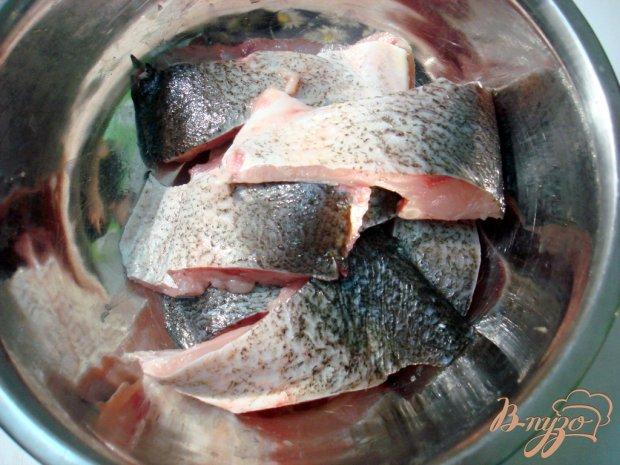 Рыба под свекольным маринадом