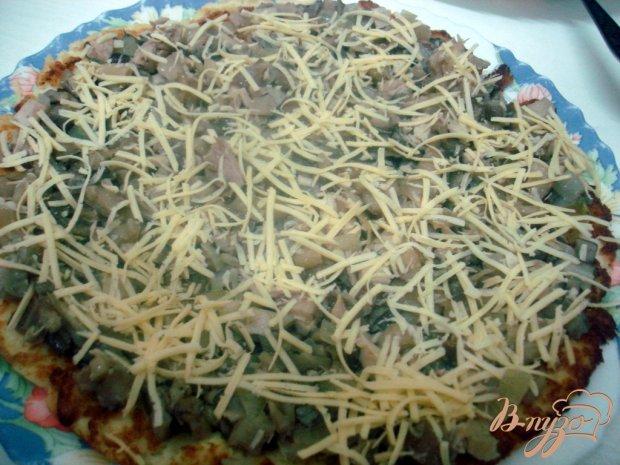 Закусочный пирог из капусты и грибов