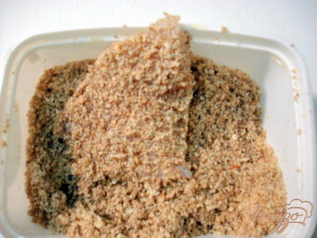 Тилапия в ореховой панировке