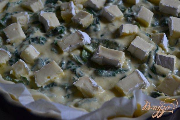 Киш со шпинатом и тремя сортами сыра